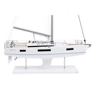 Sun Odyssey 440 model